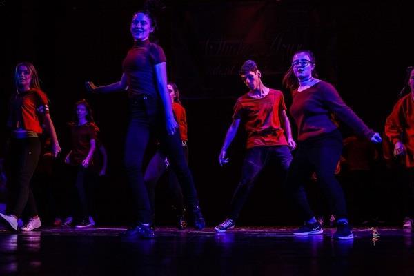 Cursuri de dans modern copii